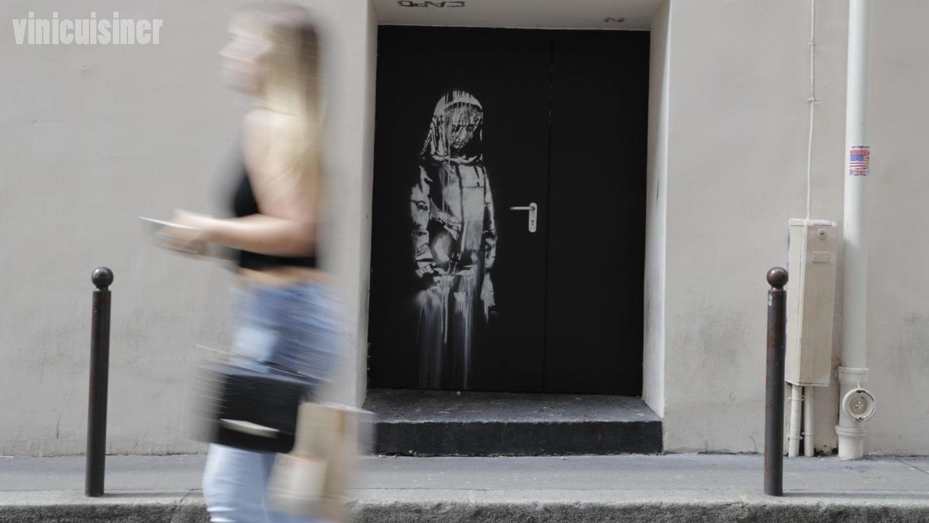 งานศิลปะ Banksy ถูกขโมยมาจากโรงละคร Bataclan