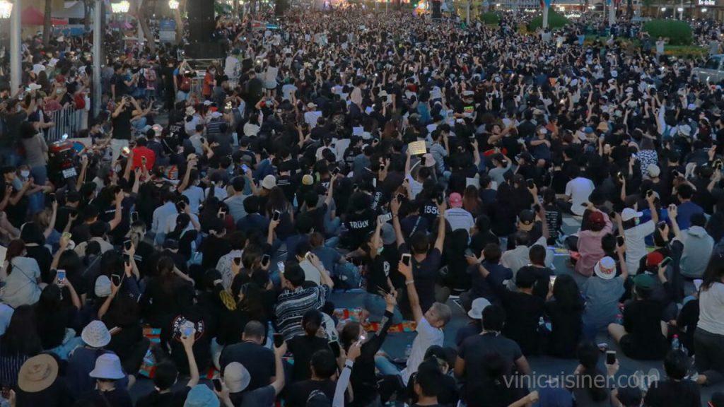 การชุมนุม 19 กันยายน 2563 การชุมในครั้งนี้อาจจะสร้างประวัติศาสตร์การชุมนุมครั้งที่ใหญ่ที่สุดนับตั้งแต่การรัฐประหารในปี 2557 และเชื่อว่าจะมี