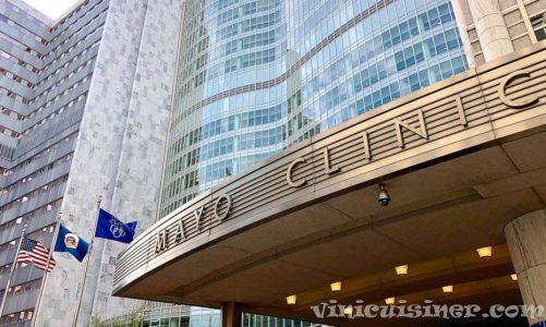 เจ้าหน้าที่ของ Mayo Clinic กว่า 900 คนติดเชื้อไวรัสโควิด -19