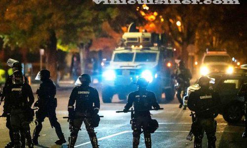 การประท้วงปะทุขึ้น เนื่องจากการยิงชาวผิวดำโดยเจ้าหน้าที่
