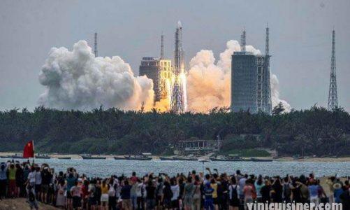 ลูกเรือชาวจีนเข้าสู่สถานีอวกาศแห่งใหม่ ด้วยภารกิจ 3 เดือน