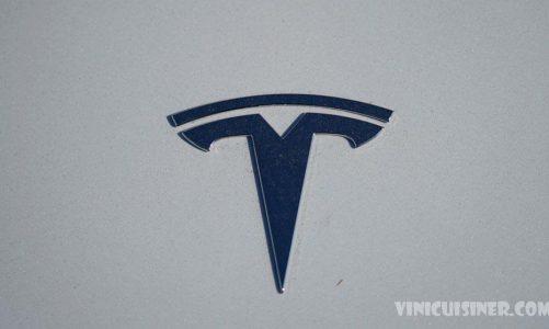 คะแนนความปลอดภัยกระชากหลังจาก Tesla ดึงเรดาร์จาก 2 รุ่น