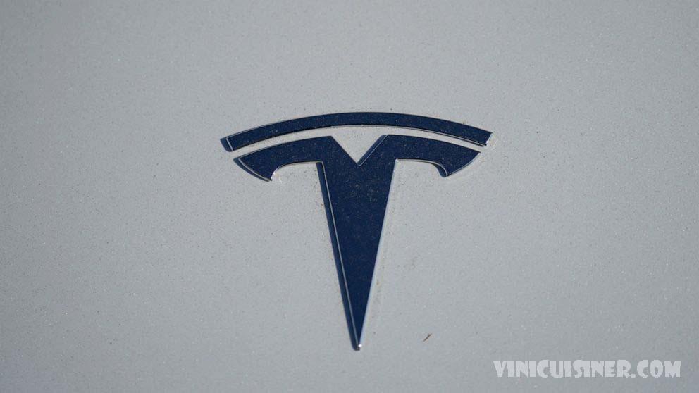 คะแนนความปลอดภัยกระชากหลังจาก Tesla ดึงเรดาร์จาก 2 รุ่น กลุ่มหลักสองกลุ่มที่ให้คะแนนความปลอดภัยของรถยนต์กำลังดึงการรับรองระดับสูงจากรถยนต์