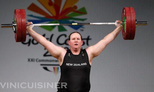 นักยกน้ำหนัก ชาวนิวซีแลนด์จะเป็นนักกีฬาข้ามเพศคนแรก