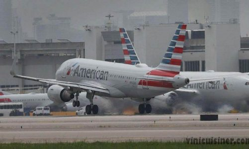 American Airlines ยกเลิกเที่ยวบินหลายร้อยเที่ยวบิน