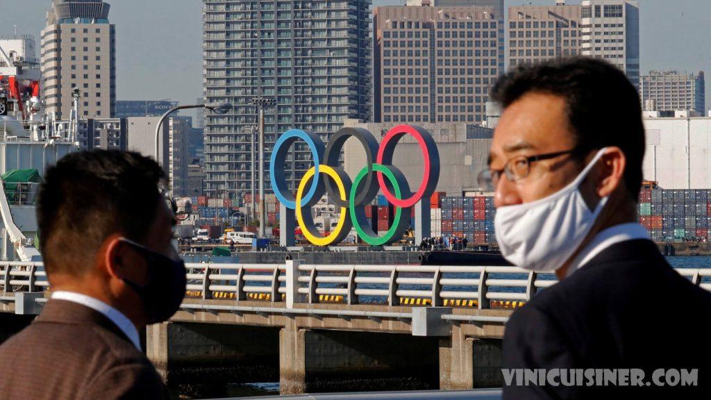 กลุ่มสิทธิมนุษยชนขอให้ยกเลิกการแข่งขันกีฬาโอลิมปิก ผู้แพร่ภาพกระจายเสียงรายใหญ่ที่สุดของโลก รวมถึง NBC เครือข่ายของอเมริกา กำลังถูกกลุ่ม